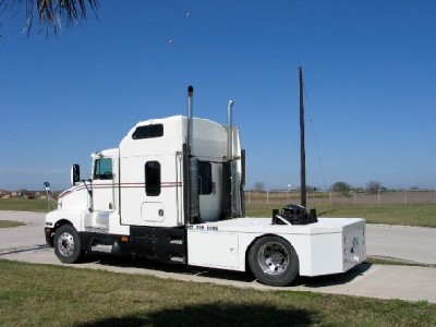 Custom built toters toterhomes trailers discount rv marine 42 trailer in progress pull deck on a kenworth tractor sciox Image collections